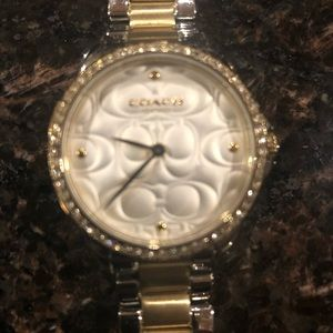 NWOT Coach ladies watch silver and gold